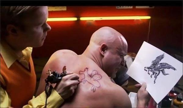 Montags-Tattoo