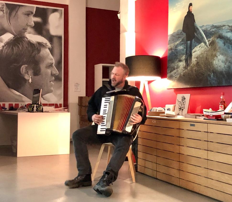 Ben O. Bömkes ist unser Musik-Ass auf der Reise © Sandra Grüning