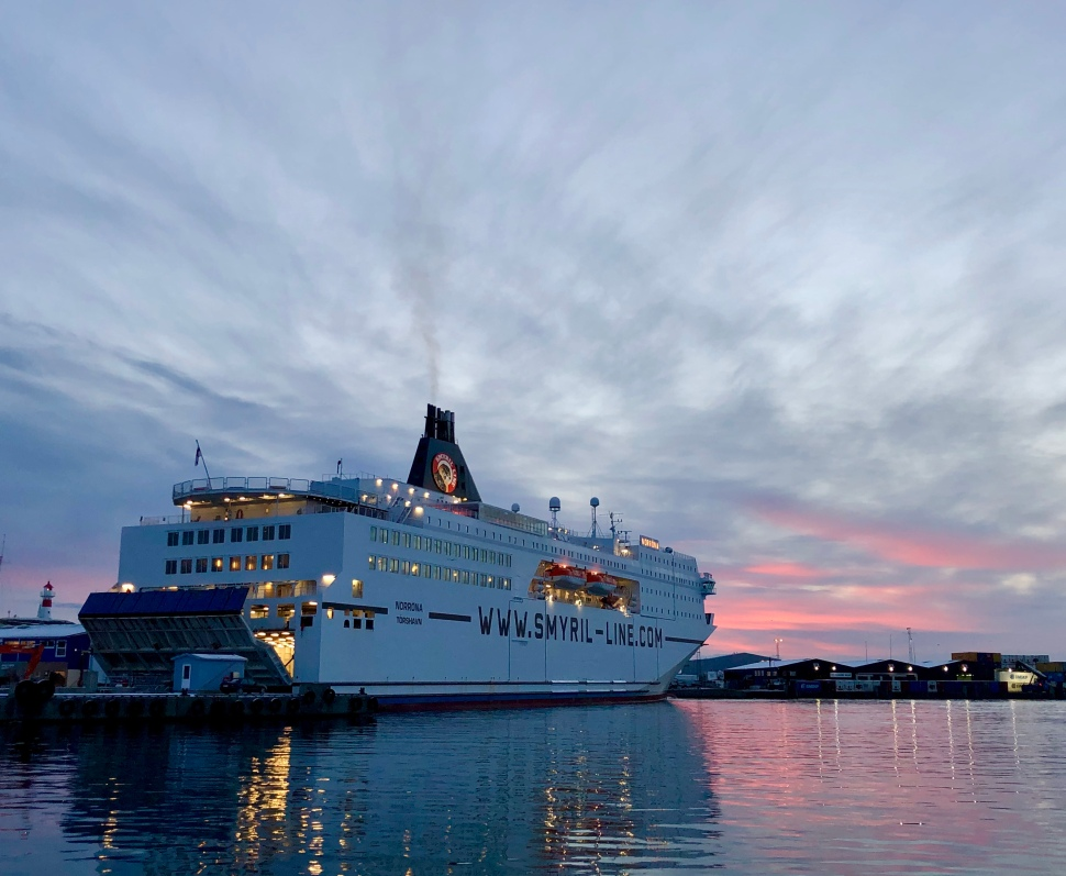 Sonnenaufgang in Tórshavn © Sandra Grüning