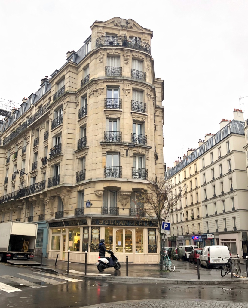 Altes und wunderschön verziertes Pariser Wohnhaus im 12. Arrondissement © Sandra Grüning