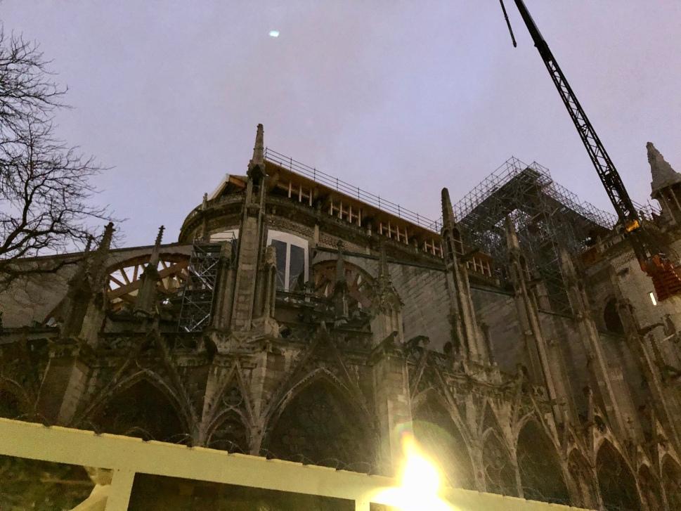 Zerstörungen an der Kathedrale Notre Dame © Sandra Grüning