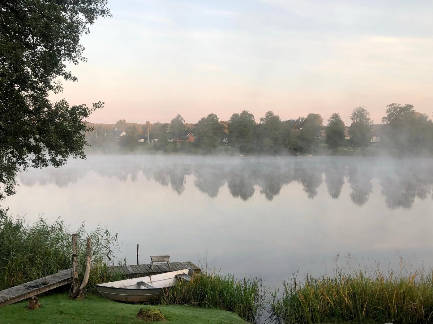 See, Nebel, Tagesanbruch
